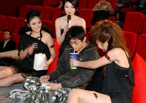 揭秘中国美女陪玩市场