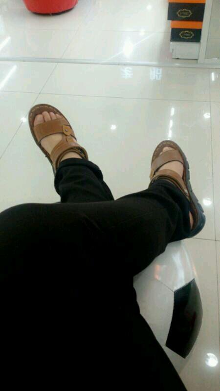 男人脚还是女人脚