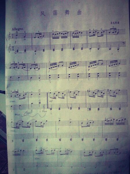 初学钢琴,有木有什么好听的柔美抒情的钢琴曲推荐?图片