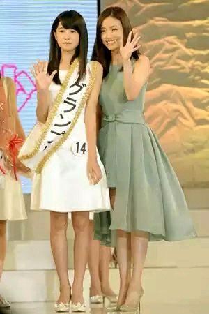日本选拔国民美少女 12岁初中生夺冠