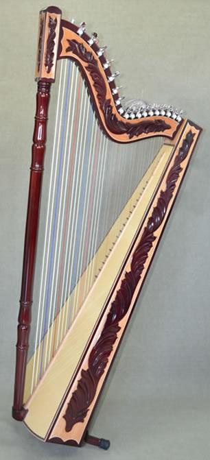 下面是巴拉圭箜篌(竖琴)图片