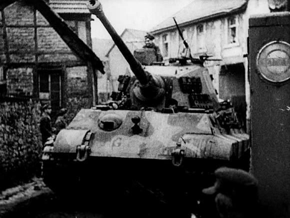 虎落阿登森林——突出部战役中的501重装甲营和虎王图片