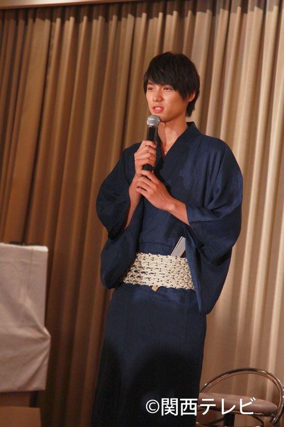 日本帅哥美女 广西乡镇吧