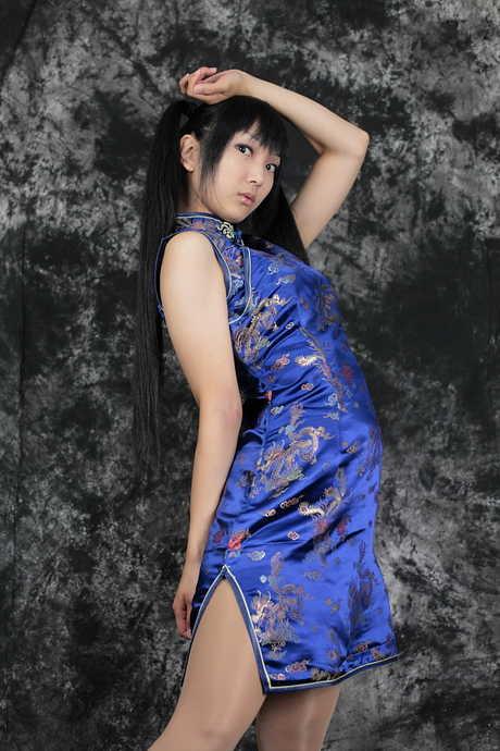 少女旗袍写真非h