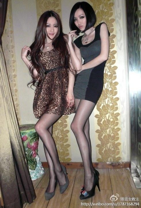北京夜店美女打败台湾正妹