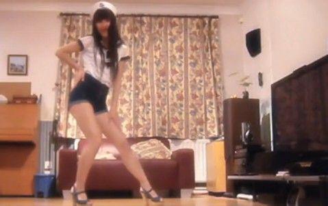 热舞之家韩国美女紧身牛仔裤热舞