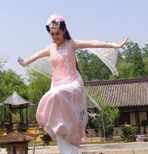 【古典风韵】古代女子服饰