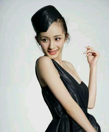 中国女明星现在最美的就是杨幂!