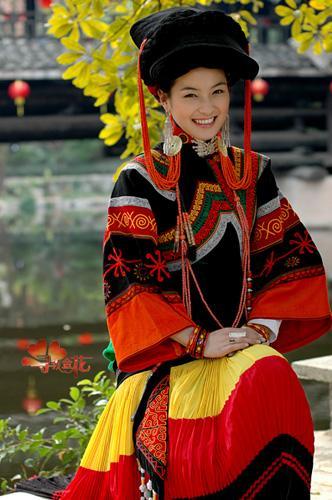 我们彝族第一美女 玛嘿阿依
