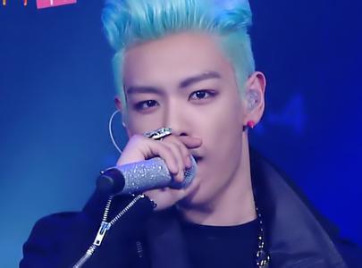 崔胜贤的发型效果详细剪,该告诉发型师,剪出这个发型?郑智恒大蓝色图片