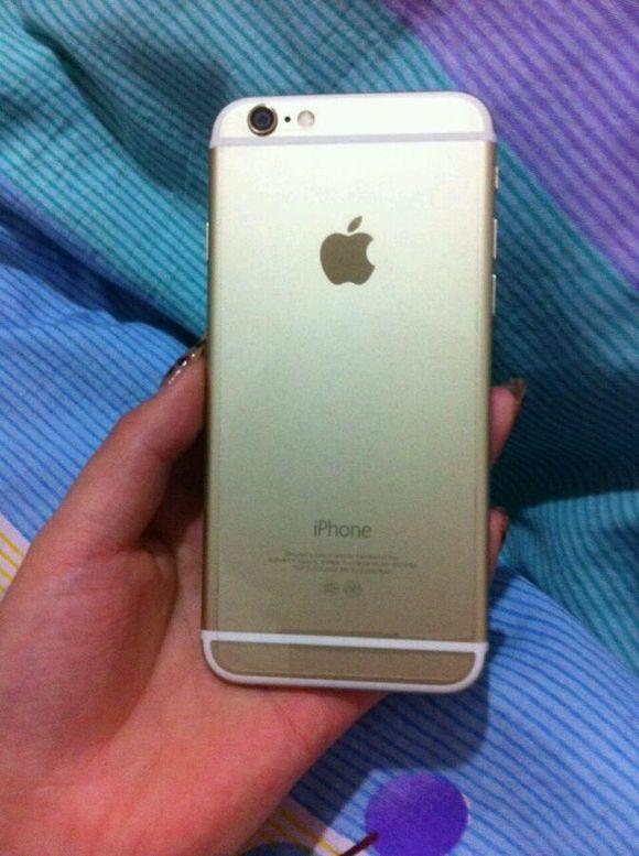 美女土豪金iphone6一台