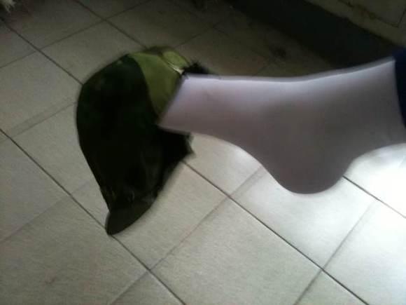 我的校裤白袜脚