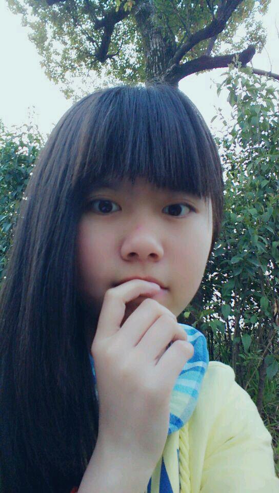 【自拍】单身有嘛,齐刘海的帅哥美女戳进来图片