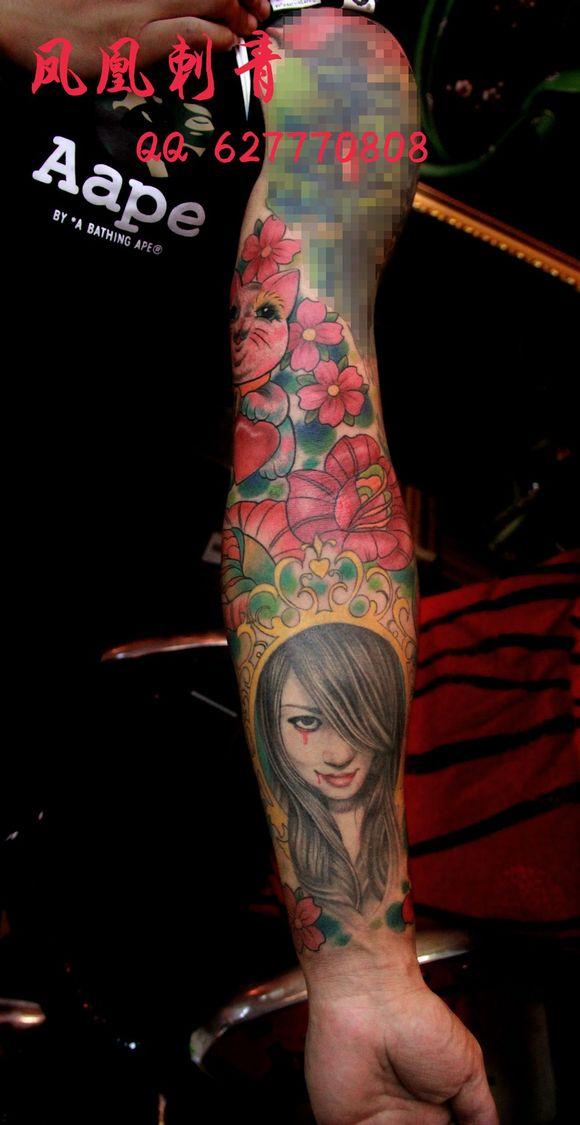 大臂的图我马赛克了.那是别纹身师做的图片