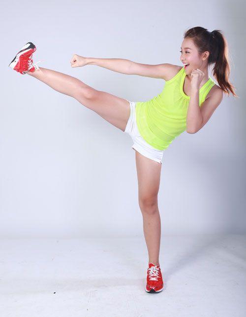 越南美女拳击手的美脚