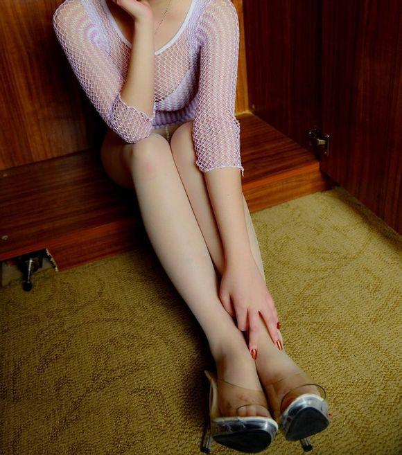 你的衣柜里有真空肉丝的美女吗
