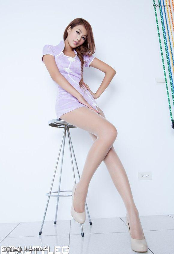靓丽美人miso性感长腿旗袍装