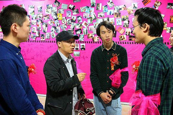 孙胄1991年出生;1999-2000年绘52米《水浒一百零八将》国高清图片