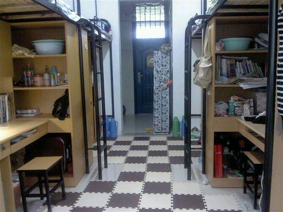 求江苏理工学院女生寝室图片