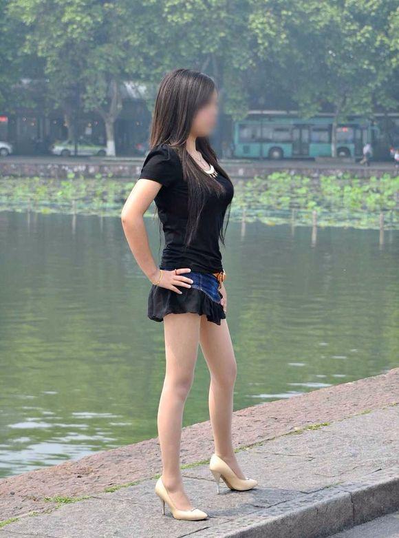 肉丝长腿美女