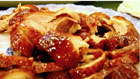 北京烤鸭不止是烤鸭 你喜欢吃吗