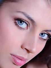 俄罗斯美女代表欧美女特色