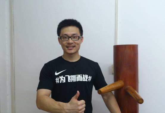 来介绍下微表情专家姜振宇图片