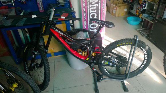 摩托 摩托车 自行车 580_326图片