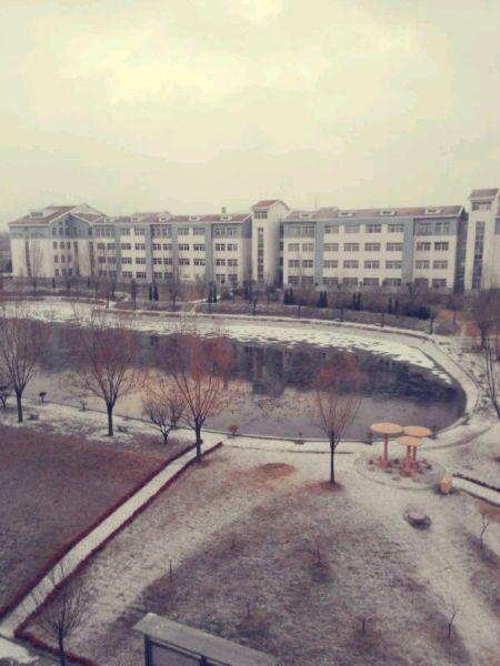 下雪咯,_潍坊工商职业学院吧_百度贴吧高清图片