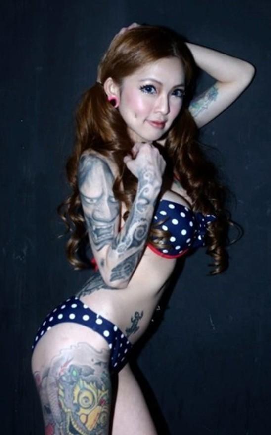 马来西亚美女纹身师和她的作品 竖
