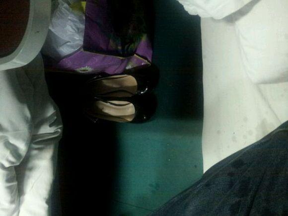 火车对面的丝袜熟女