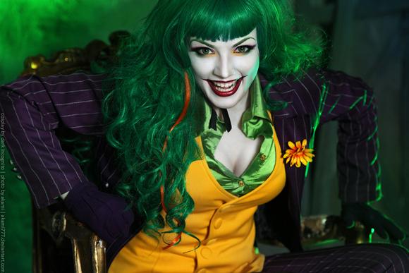 【汤不热搬图】小丑的女版cosplay图片