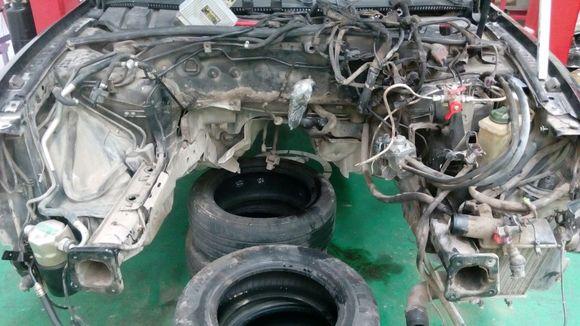 不是发动机往下掉,是指发动体支架连着发动机整体图片