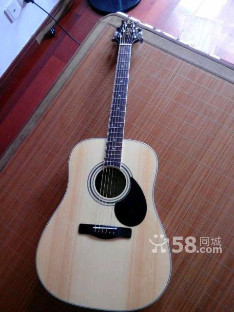 废话不多说,出价格,700块!挺热门的一把初级单板吉他!云杉面高清图片