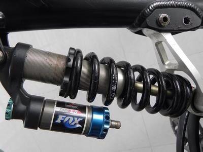 这款自行车减震器里面有没有液压油?图片