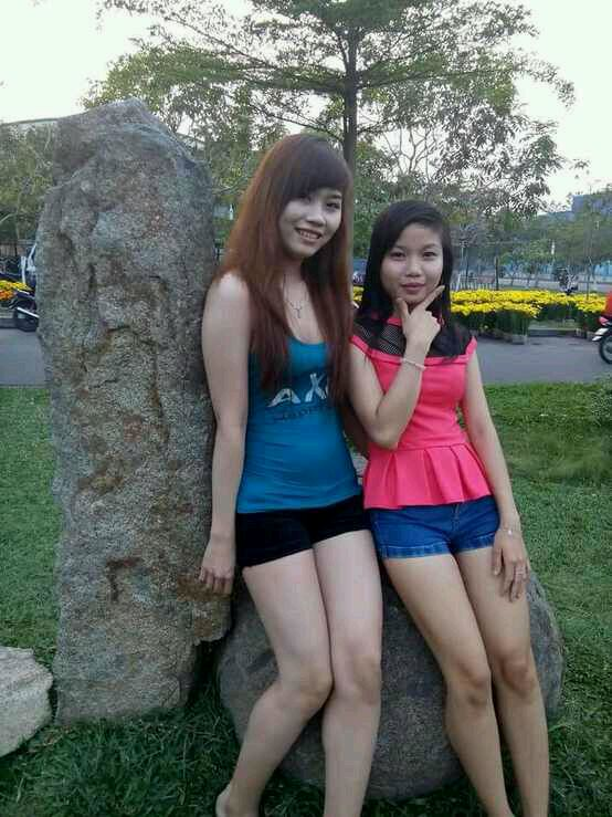 越南美女 热裤吧