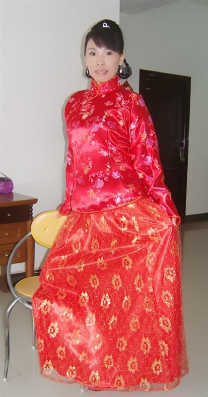 ... _穿大襟绸缎棉衣的女人_喜爱穿大襟袄的女人