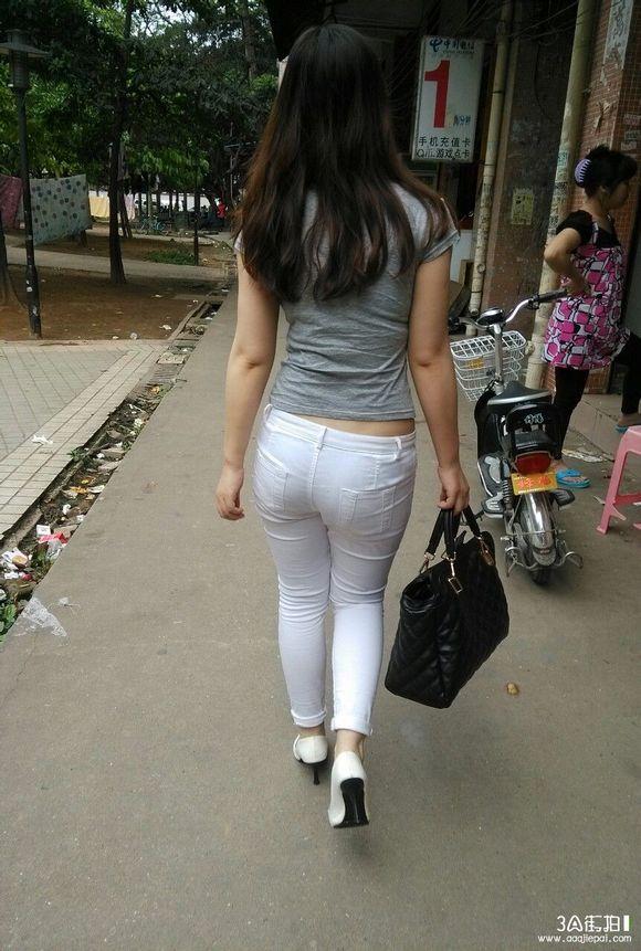 紧身裤 诱惑 肥臂 街拍第一区吧