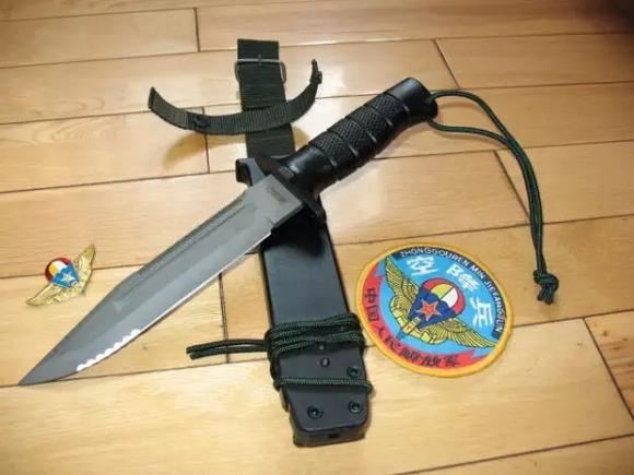 中国人民解放军特种部队武器装备大全 八一军旗吧 百度贴吧