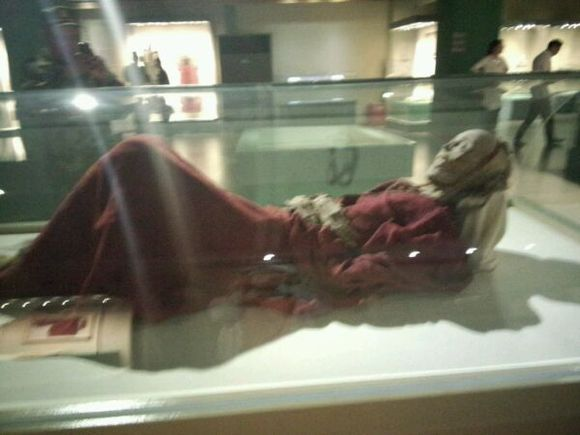 楼兰美女干尸 男尸与女尸是夫妻