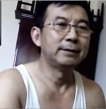 老头门户相册图片 凤凰周刊 mobi 怀集门户论坛图片