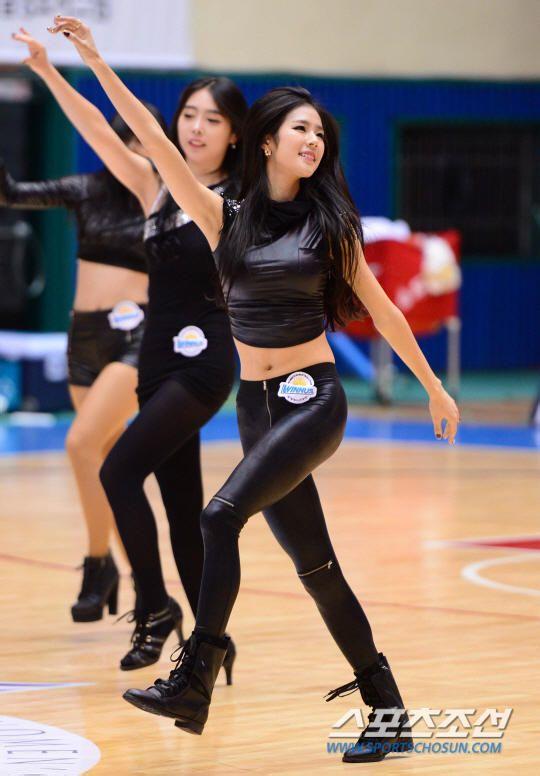 【皮裤】韩国篮球宝贝皮裤热舞