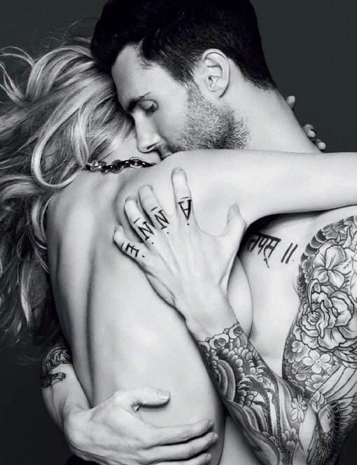 求欧美男女情侣的黑白照片 竖