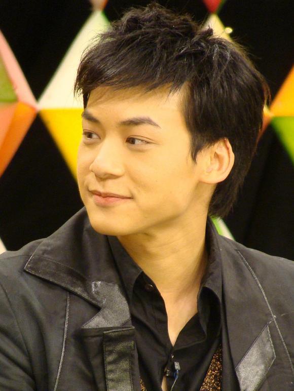 迷上了泰国剧 泰剧最值得人兴奋的就是全是帅哥美女