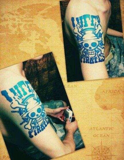 求海贼王里艾斯和路飞的纹身图案!图片