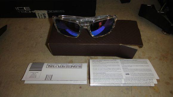 oakley fuel cell polarized sunglasses  oakley fuel