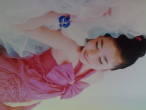 11岁小萝莉 11岁小萝莉学生早发育 11岁小萝莉发育图片
