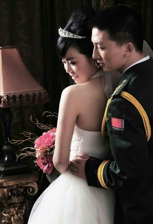 有关军婚的唯美照片_唯美军婚婚纱照图片_唯美军婚照_唯美军婚_社