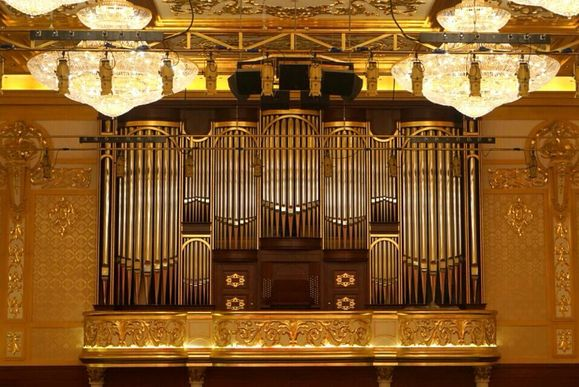珠海大剧院的管风琴图片