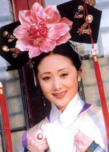 氏(魏氏),汉军旗人,内管领清泰女,江苏人.雍正五年九月初